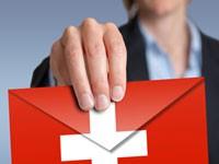 enveloppe avec le drapeau suisse