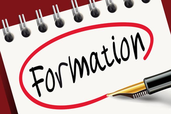 Une analyse indépendante. Les Dossiers de l'Epargne publient 17 guides thématiques couvrant l'ensemble des contrats d'assurance, d'épargne et de banque sur le marché des particuliers, des professionnels et des entreprises.. Le Label d'Excellence est décerné aux meilleurs contrats du marché par les experts des Dossiers de l'Epargne.. Vous .